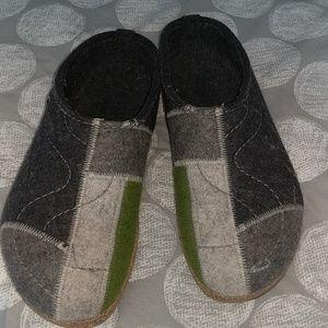 Haflinger wool clogs